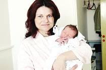 MAREK LANTA: Rodiče Naděžda a Vratislav Lantovi z Kostelce nad Orlicí se radují z narození syna Marka. Na svět přišel 3. března ve 4.43 hodin (3,28 kg a 49 cm). Doma se na brášku těší Lukáš. Tatínek byl u porodu a zvládl to skvěle.