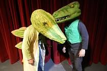 DRUHÁ PŘEDPREMIÉRA JEŠTĚRŮ, netrpělivě očekávané hry Davida Drábka v podání herců populárního divadelního souboru Temno z Týniště otevře 5. ročník přehlídky Šubertova Dobruška.