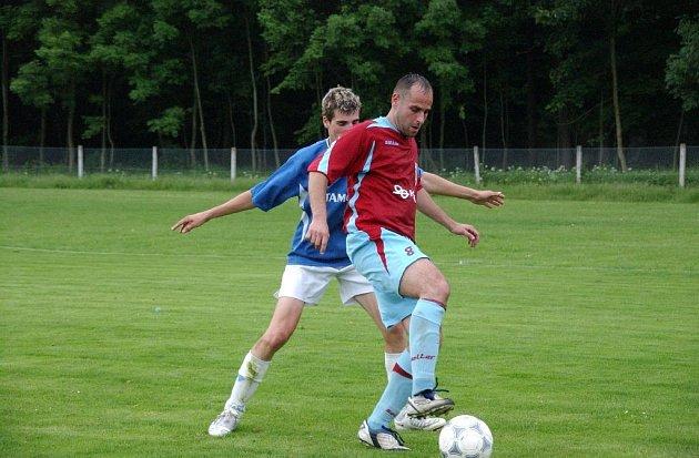 Fotbalové utkání Vamberk - Dobruška (0:5).