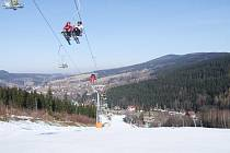 Udržet si vysoký standard není jednoduché. V Deštném v Orlických horách proto na nadcházející zimu připravili řadu novinek. Věrné návštěvníky tu odmění slevami.