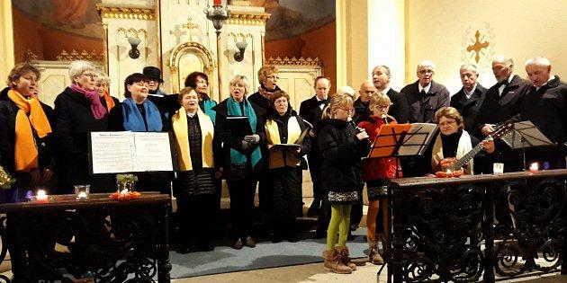 Koncert Prausova pěveckého sboru se sestrami Dimmerovými.