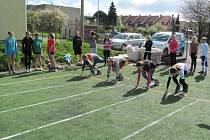 Žáci soutěžili i v běhu.