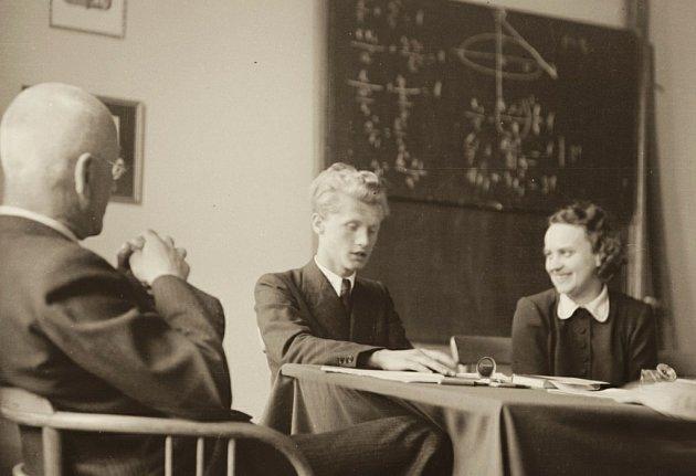 Autentické snímky s Jiřím Šlitrem.