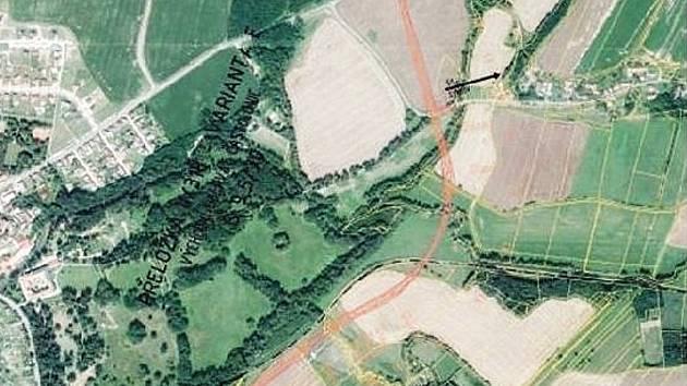 Silniční přeložka by měla vést v těsném sousedství zámeckého parku v Častolovicích.