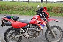 Čtyřkolky a motorky ničí chráněná území.