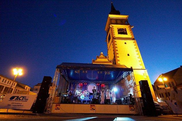 Pink Floyd Revival v Dobrušce.
