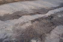 Rozbité silnice