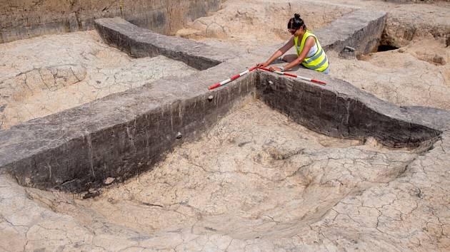Archeologové u Doudleb nad Orlicí.