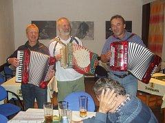 Setkání harmonikářů na Rabštejně v Kostelci nad Orlicí