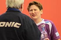 Švédská reprezentantka v barvách SK Dobré Daniela Moskovitsová (na snímku vpravo) se stále potýká se zraněním kotníku, které ji limituje při hře.