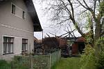 Požár stodoly v Třebešově na Rychnovsku.