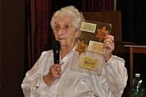 MARTA KOTTOVÁ svoje besedy v Borohrádku zpestřila nejenom židovskými anekdotami.