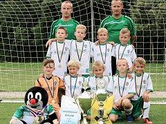 Devátému ročníku fotbalového Rampušák Cupu       v Dobrušce dominovali malí fotbalisté SK Solnice.