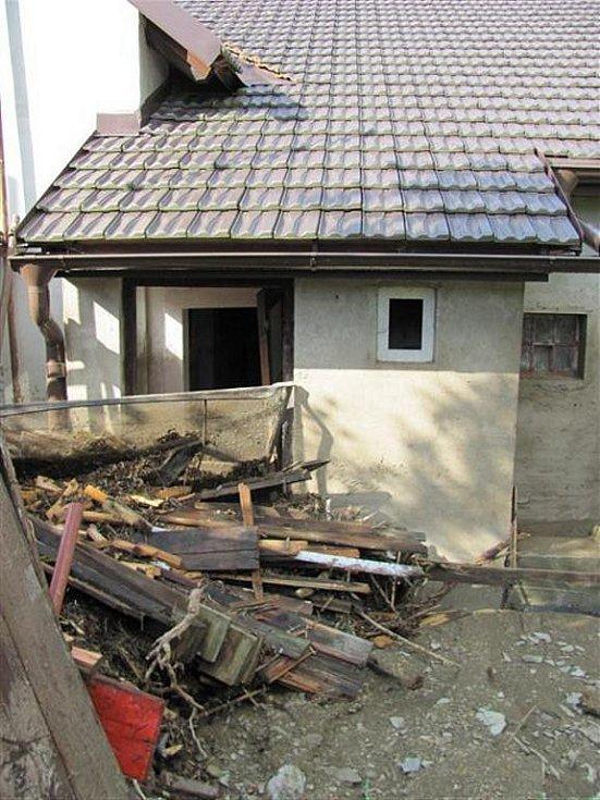 DÍLO ZKÁZY. Takovou spoušť napáchala na Rychnovsku pondělní blesková povodeň.