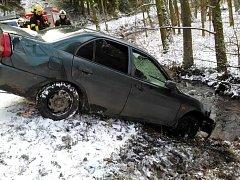 Havárie osobního automobilu u Jívky.