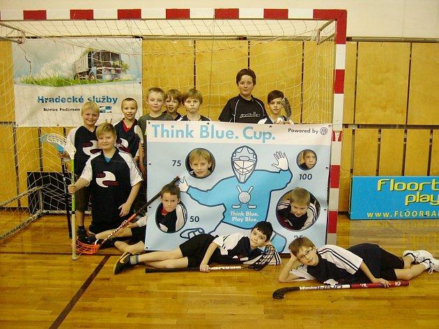 Žáci třetích a pátých tříd ZŠ Javornická se zúčastnili republikového turnaje Think Blue Cupu. Nechybělo ani vítězství ve střelbě