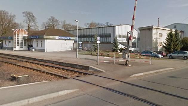 Železniční zastávka Kostelec nad Orlicí - město.