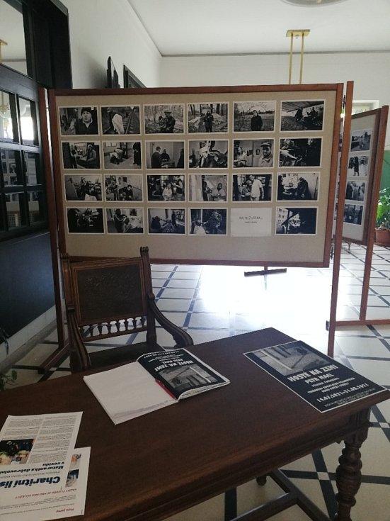 Z výstavy fotografií.