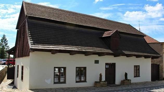 Rodný dům F. L. Věka v Dobrušce.
