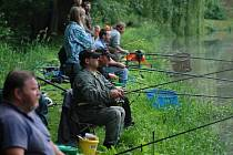 Již šestý ročník rybářských závodů se konal  v zámeckém parku.