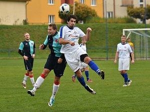 Krajský přebor ve fotbale: FK Kostelec nad Orlicí - FC Slavia Hradec Králové.
