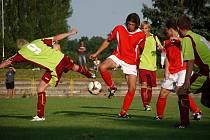 Utkání krajské I. A třídy TJ Dobruška - FC Kostelec nad Orlicí (2:0).