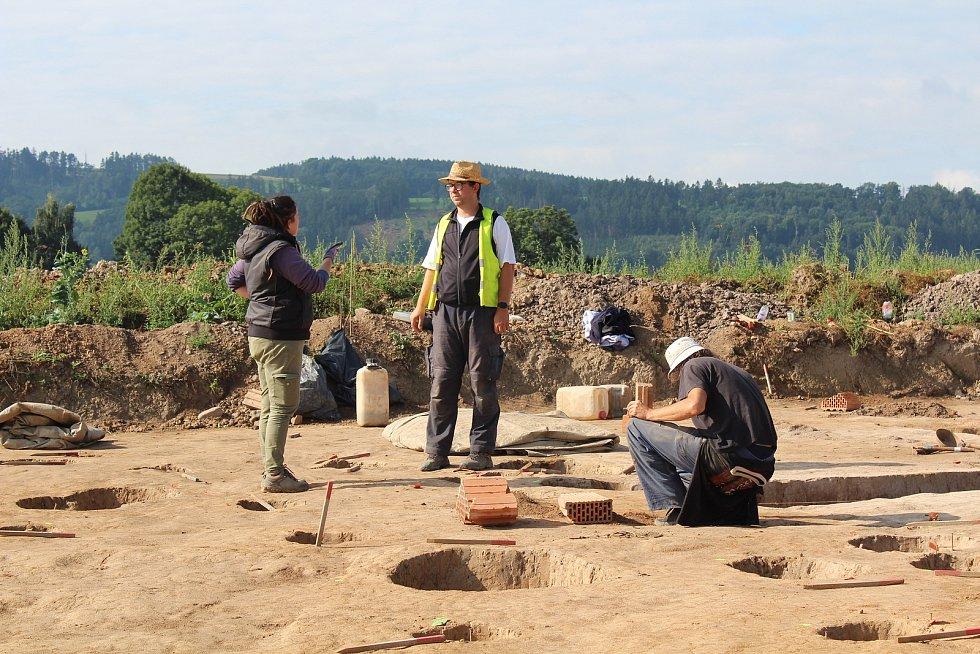 Ze záchranného archeologického výzkumu u Doudleb nad Orlicí.