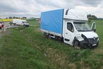 Nehoda dvou dodávek u Lokotu.