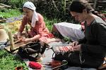 Víkend středověkých technologií v Uhřínově představil návštěvníkům činnosti potřebné v dávné době k obživě a přežití člověka.