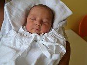 KRISTÝNA KELEŠOVÁ: Rodiče Kristýna Kombošová a Milan Keleš z Vamberka se těší z narození dcery. Narodila se 3. dubna v 6:27 s váhou 3,20 a délkou 48 cm.