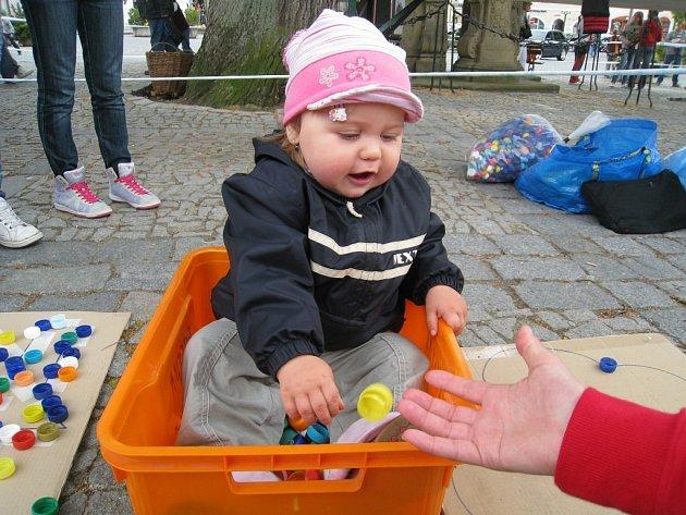 Město ve spolupráci s Déčkem připravily na rychnovském Starém náměstí  Den pro rodinu.