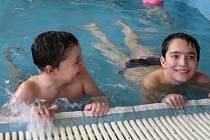 Děti ze speciálních tříd plavání nadchlo