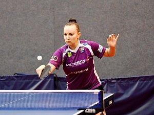 Opora doberských extraligových stolních tenistek Zdena Blašková vybojovala v utkání s Kyjovem dva a půl bodu a výrazně tak přispěla k celkové remíze.