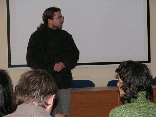 V rychnovském Informačním centru se konal dvoudenní festival věnovaný Iránu, pořádaný občanským sdružením Kročeje.