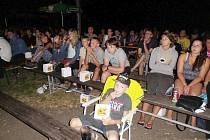 Rivalové z Formule 1 přilákali do kina v Ledcích početné publikum