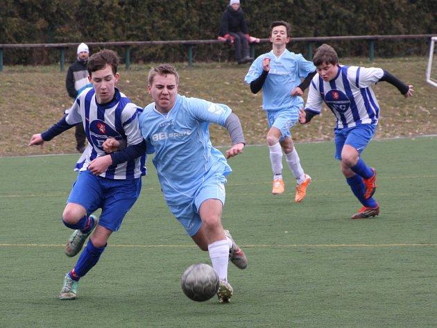 V utkání Poháru mladšího dorostu Dobruška  (světlé dresy) porazila mužstvo Kostelec/Častolovice 5:0.