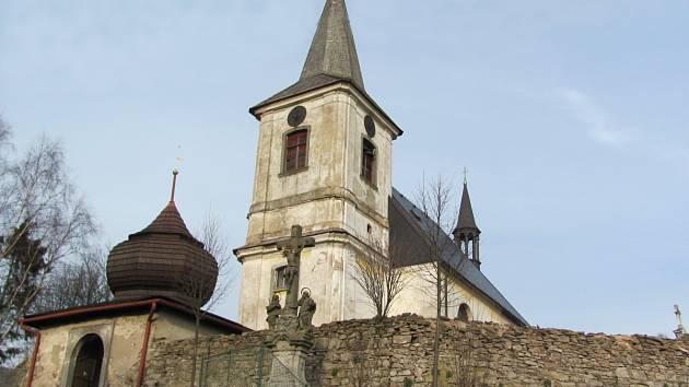 BARTOŠOVICKÝ KOSTEL sv. Máří Magdalény čekají zásadní opravy. Bude součástí naučné stezky.
