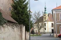 Děkanský kostel Nejsvětější Trojice na Trčkově náměstí