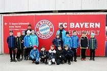 RYCHNOVSKÁ VÝPRAVA si rovněž prohlédla mnichovskou Allianz Arenu, která je domovem klubů FC Bayern a TSV 1860.