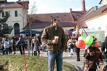 V Rychnovském pivovaru se konala ochutnávka piva za pozornosti široké veřejnosti.
