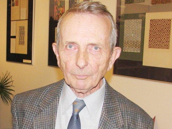 Karel Vlček (80let), Nové Město nad Metují