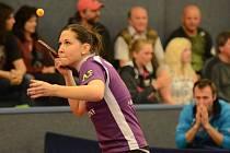 OPORA. Ivana Pelcmanová (na snímku) si v úvodních dvou extraligových zápasech připsala na konto tři výhry.
