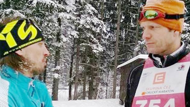 Dušan Salfický (vpravo) v rozhovoru s Martinem Koukalem.