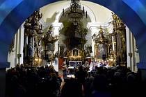 Koncert v kostele měl slavnostní a srdečnou atmosféru
