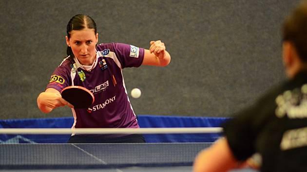 Doberská stolní tenistka Miroslava Ságlová přispěla k vítězství ve Vlašimi třemi body.