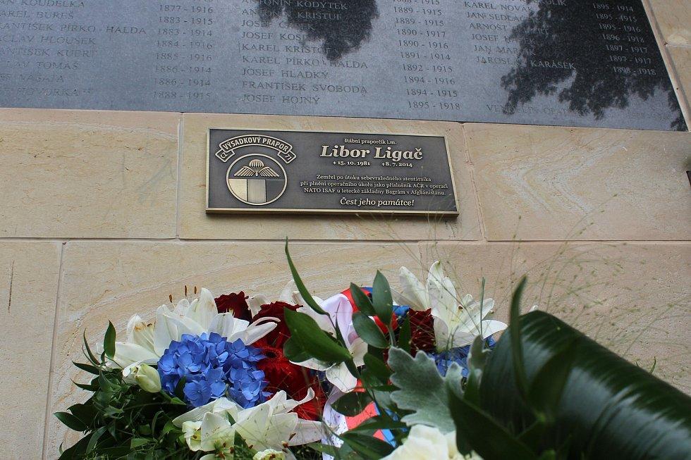 Pamětní deska Libora Ligače.
