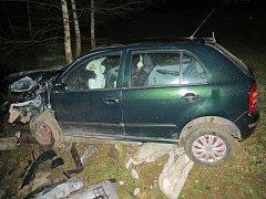 Hra se smrtí. Šofér asi pil a dívka neměla pás