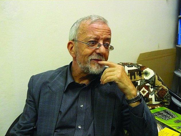 Psychonalalytik  Jiří Kocourek   vysvětluje, že i to zlé, co člověk prožije, je  součást, které by se neměl zbavovat.