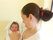 Alexandr Lipovský se narodil 17. května v 9.55 hod. s délkou 48 cm a váhou 2930 g. Radují se z něj Olga Lipovská a Slavi Asenov Chitalov i sourozenci čtrnáctiletý Daniel a sedmiletý Vojta. Všichni žijí v Doudlebách nad Orlicí. Tatínek byl u porodu oporou.