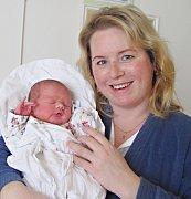 JIŘÍ BLAHOVEC: Manželé Helena a Zdeněk Blahovcovi z Deštného přivedli na svět syna. Narodil se 22. 2. v 0.48 hodin s váhou 3,97 kg a délkou 50 cm. Na brášku se těší Iva a Ondra. Tatínek byl u porodu a pomáhal.